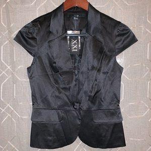 NWT {F21} Silky Cap Sleeve Single Button Blazer